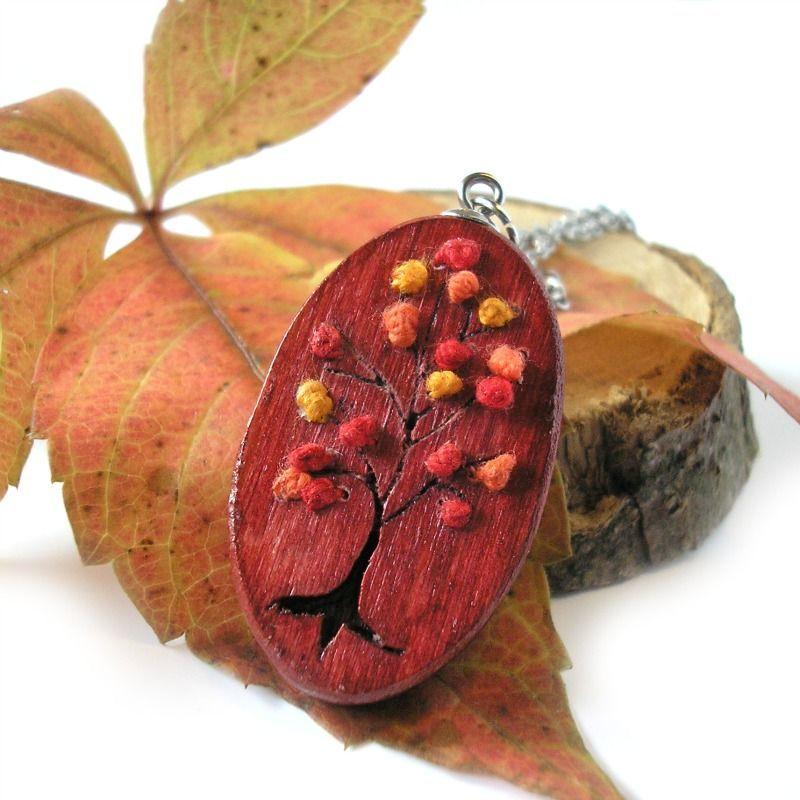 Őszi fa nemesacél nyaklánc piros