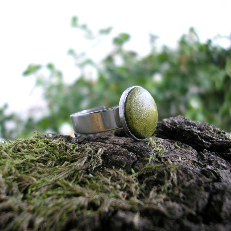 Egyke nemesacél gyűrű lime zöld